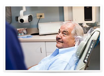 framed-senior-dental-care